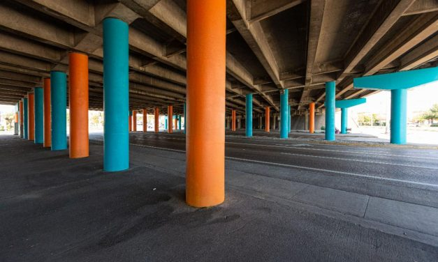 Color on the Columns